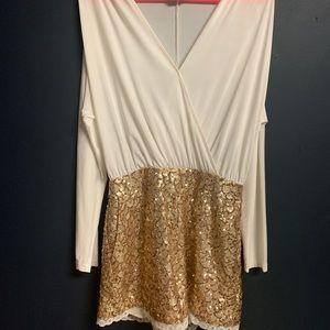 Bebe white/gold sequin romber